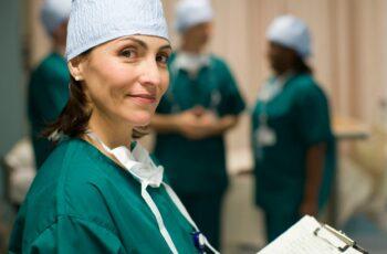 Autarquia da Prefeitura de São Paulo abre inscrições para 540 vagas para o vestibular em cursos técnicos na área da saúde.