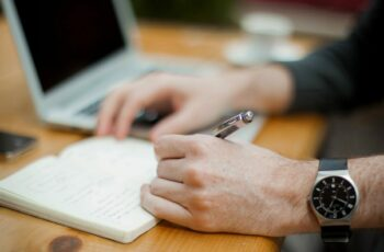 IFAL oferece 20 vagas em dois editais de concursos públicos.