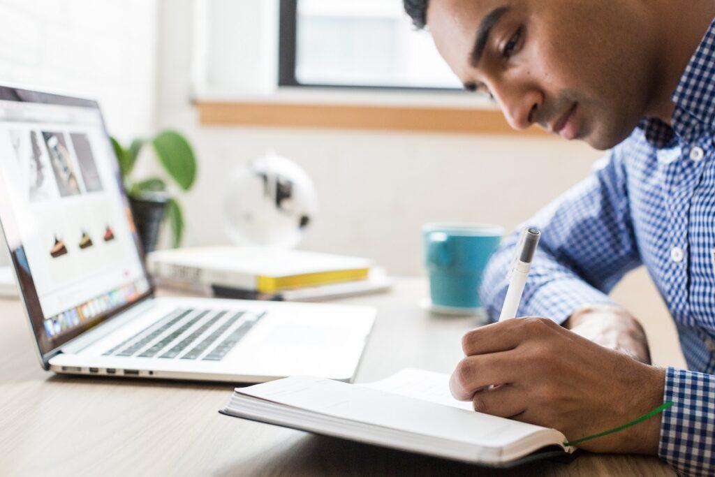 Educação de Pernambuco inscreve para cursos técnicos EAD 2019.