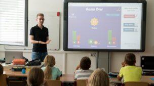 UFPE abre seleção para professor temporária 2020.